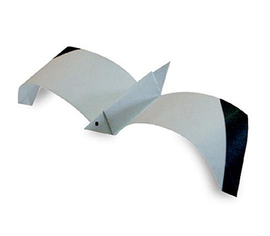 おりがみくらぶ(新宮文明)さんによるかもめの折り紙