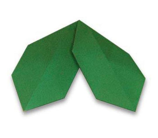 おりがみくらぶ(新宮文明)さんによるひいらぎのはの折り紙