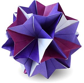 おりがみくらぶ(新宮文明)さんによるききょうの折り紙