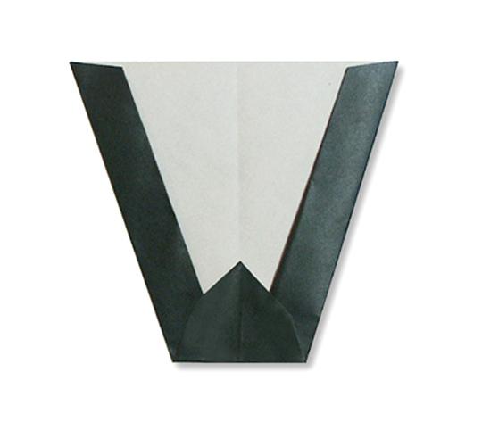 おりがみくらぶ(新宮文明)さんによるW(だぶりゅ)の折り紙