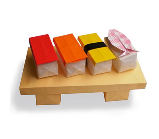 おりがみくらぶ(新宮文明)さんによるおすしの折り紙