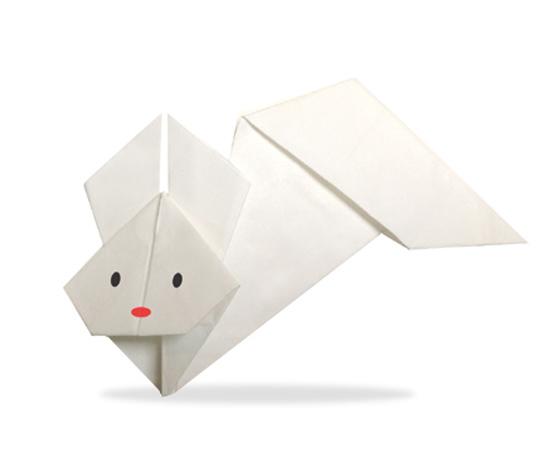 おりがみくらぶ(新宮文明)さんによるとぶうさぎの折り紙