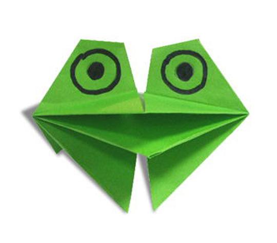 おりがみくらぶ(新宮文明)さんによるげろげろかえるの折り紙