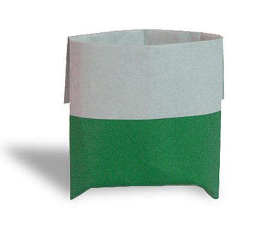 おりがみくらぶ(新宮文明)さんによるふくろの折り紙