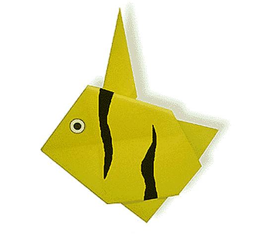 おりがみくらぶ(新宮文明)さんによるつのだしの折り紙