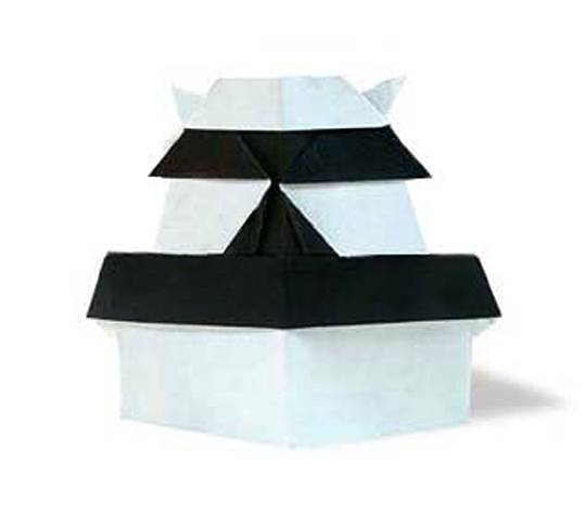 おりがみくらぶ(新宮文明)さんによるしろの折り紙