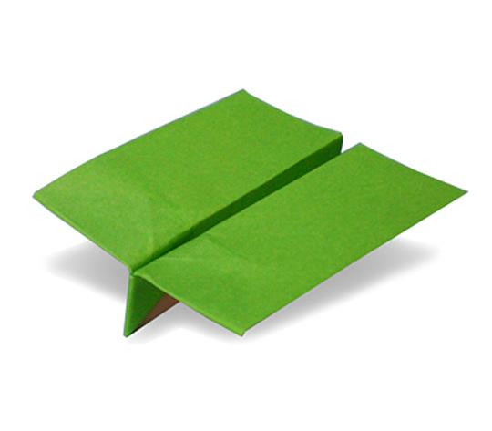 おりがみくらぶ(新宮文明)さんによるひこうき5の折り紙