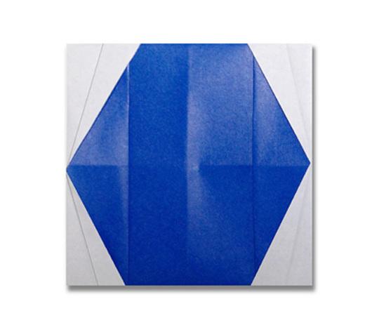 おりがみくらぶ(新宮文明)さんによるまど 2の折り紙