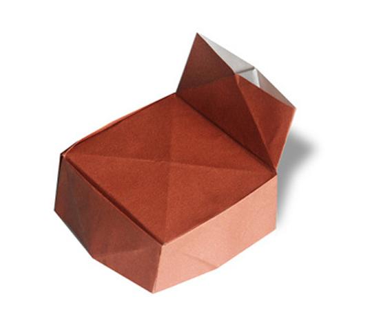 おりがみくらぶ(新宮文明)さんによるいすの折り紙