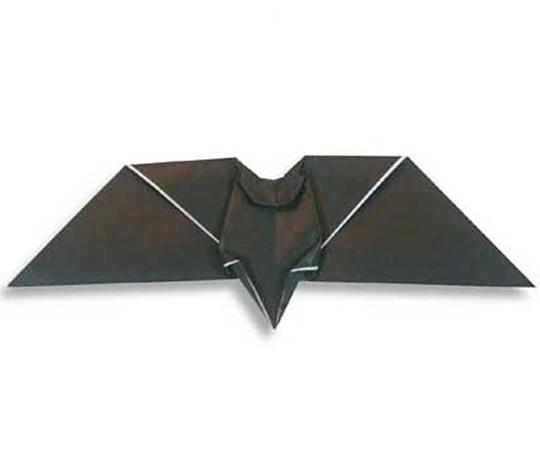 おりがみくらぶ(新宮文明)さんによるこうもりの折り紙