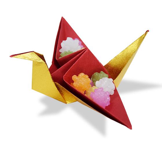 おりがみくらぶ(新宮文明)さんによるつるのかしいれの折り紙