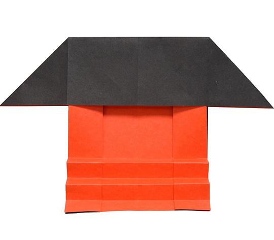 おりがみくらぶ(新宮文明)さんによるじんじゃの折り紙