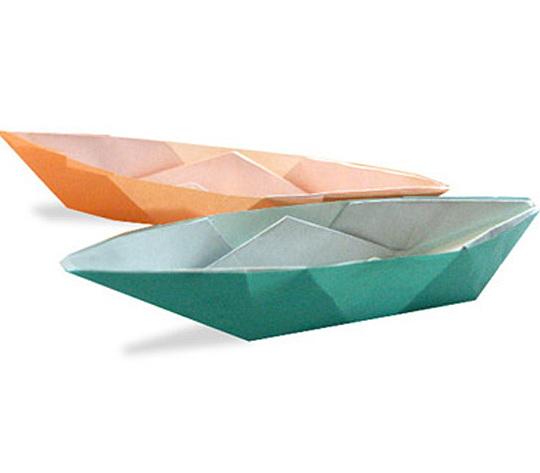 オリカタ公式さんによる【伝承】ボートの折り紙