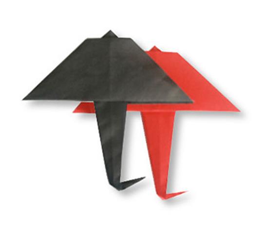 おりがみくらぶ(新宮文明)さんによるあまがさの折り紙