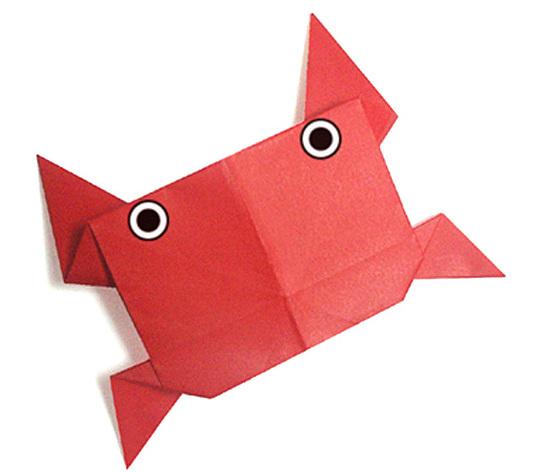 おりがみくらぶ(新宮文明)さんによるかにの折り紙