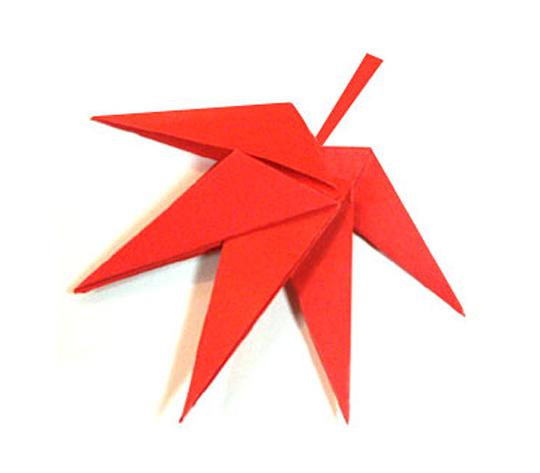 おりがみくらぶ(新宮文明)さんによるもみじの折り紙