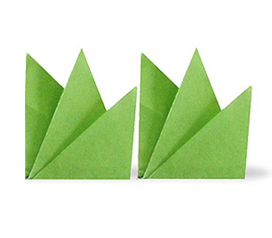 おりがみくらぶ(新宮文明)さんによるくさの折り紙