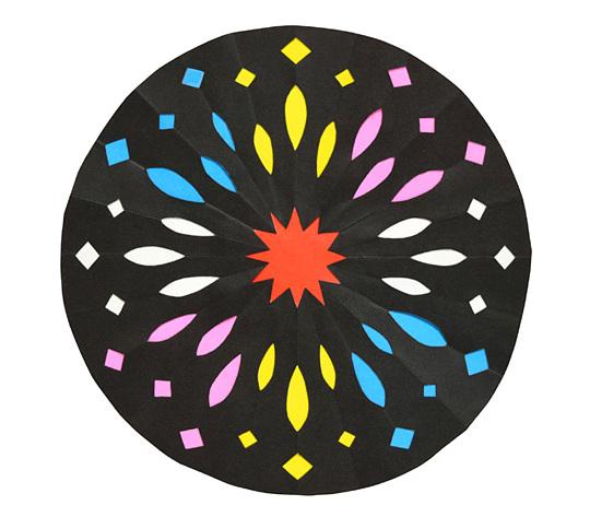 おりがみくらぶ(新宮文明)さんによるはなび1の折り紙
