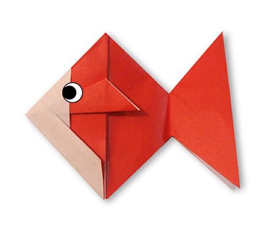 オリカタ公式さんによる《伝承》金魚の折り紙