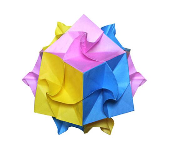 おりがみくらぶ(新宮文明)さんによるねじり24面体の折り紙