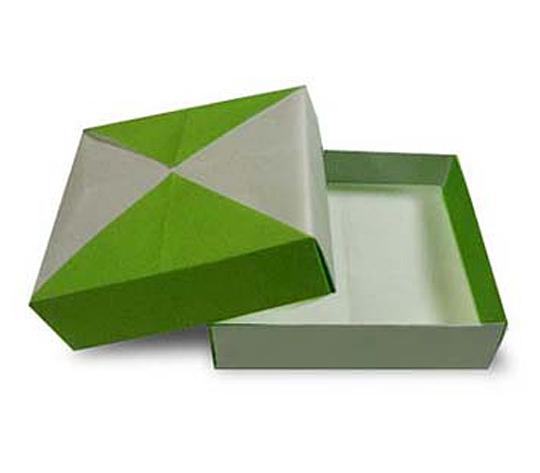 おりがみくらぶ(新宮文明)さんによるうすばこの折り紙
