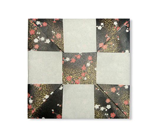 おりがみくらぶ(新宮文明)さんによるこ−すたー2の折り紙