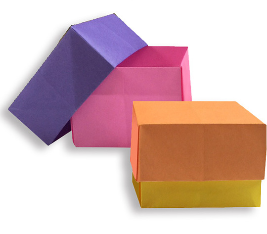 おりがみくらぶ(新宮文明)さんによるはこ4の折り紙