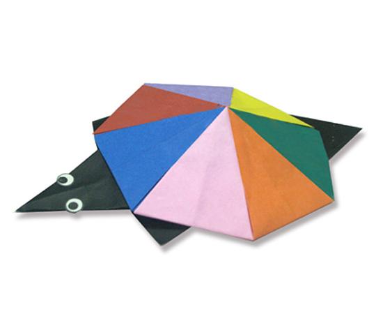 おりがみくらぶ(新宮文明)さんによるかめの折り紙