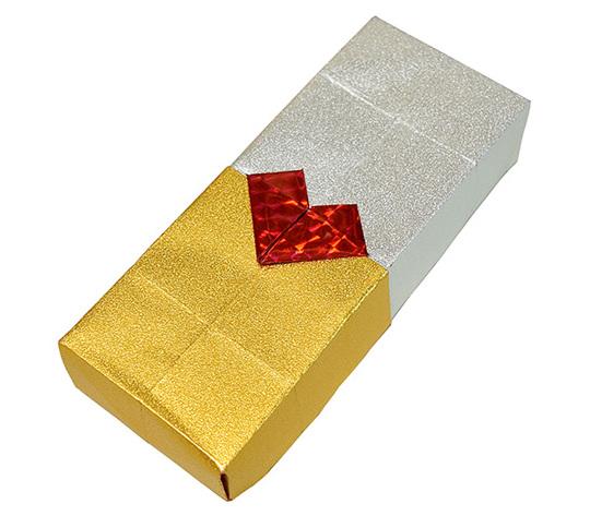 おりがみくらぶ(新宮文明)さんによるはーとのかざりの折り紙