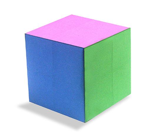 おりがみくらぶ(新宮文明)さんによるからー立方体の折り紙