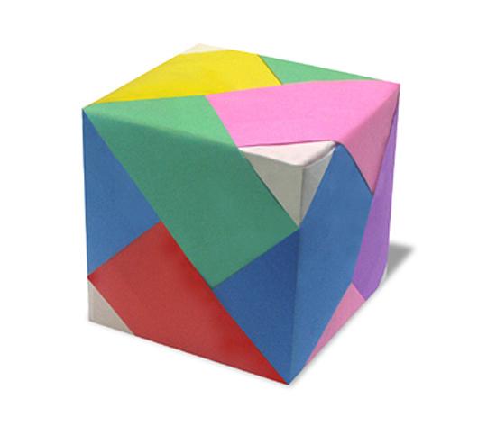 おりがみくらぶ(新宮文明)さんによるらいん立方体の折り紙