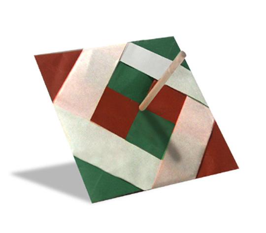 おりがみくらぶ(新宮文明)さんによるこま2の折り紙