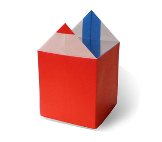 おりがみくらぶ(新宮文明)さんによるえんぴつたての折り紙