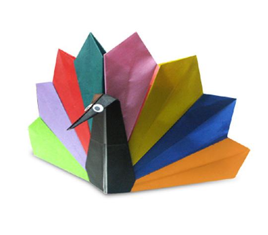 おりがみくらぶ(新宮文明)さんによるくじゃく2の折り紙