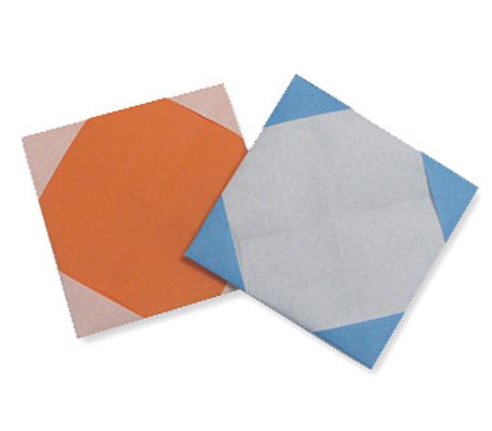 おりがみくらぶ(新宮文明)さんによるこーすたーの折り紙