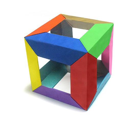 おりがみくらぶ(新宮文明)さんによる長六角ゆにっと立方体の折り紙