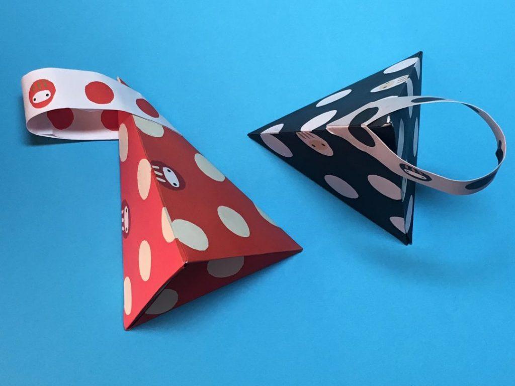 Oriya小町さんによる三角ボックスの折り紙