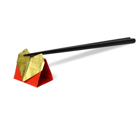 おりがみくらぶ(新宮文明)さんによるはーとのはしおきの折り紙