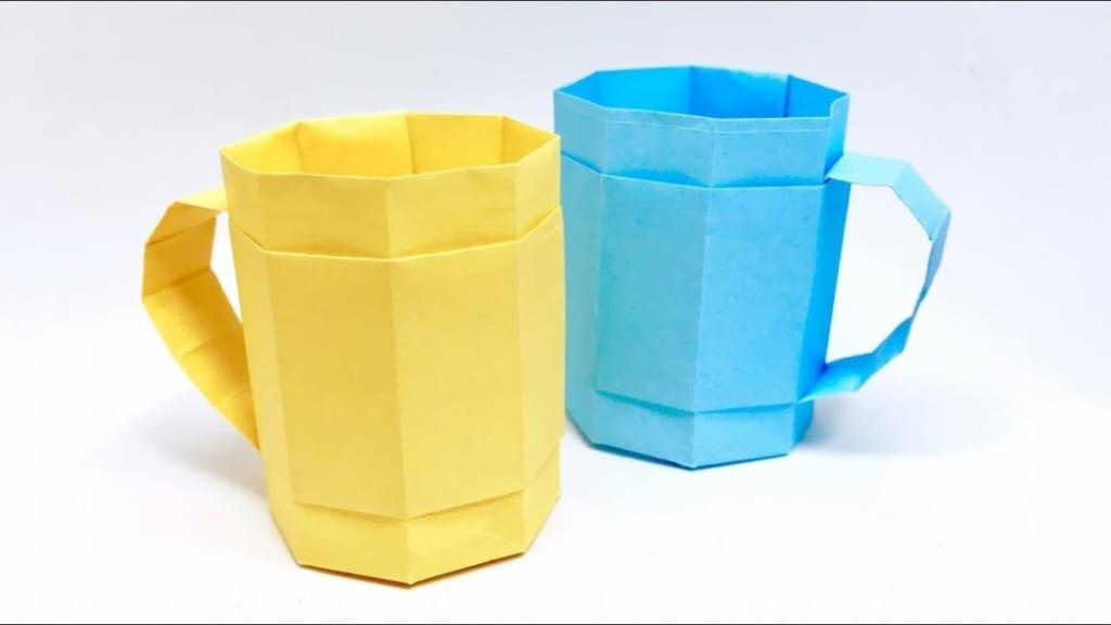 さくBさんによるマグカップの折り紙