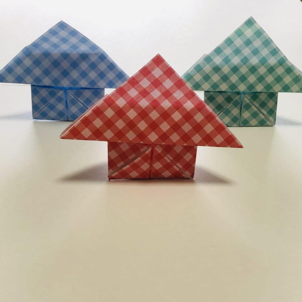 yuhpandaさんによるさんかくやねのおうちの折り紙