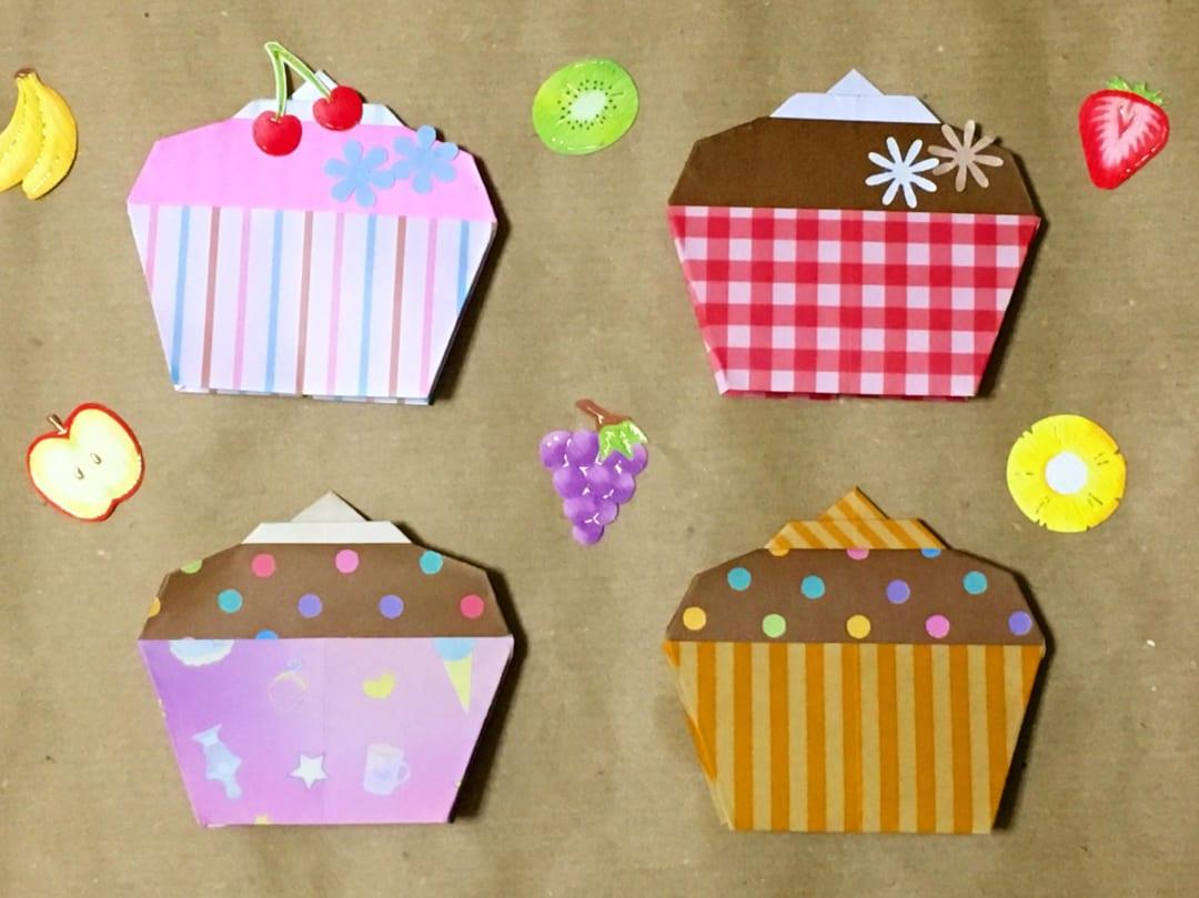 Oriya小町さんによるカップケーキの折り紙