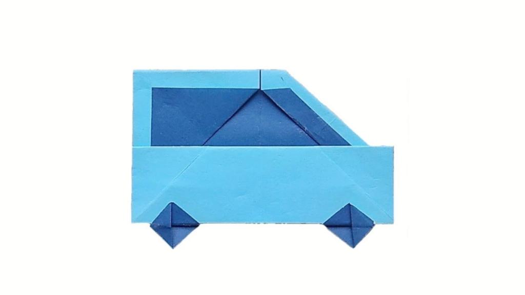 ハディさんによるくるまの折り紙