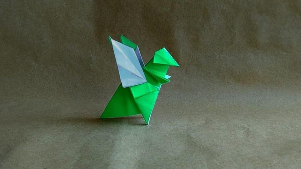 ハディさんによるドラゴンの折り紙