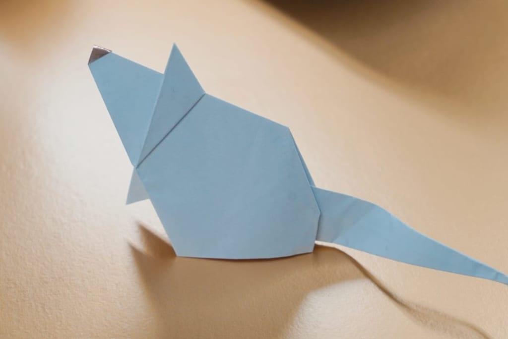 小宮はじめさんによる[有料] ワンイヤーマウスの折り紙