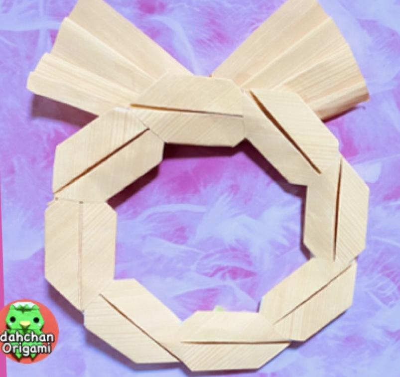 だ〜ちゃんさんによるぽってりかわいいしめ縄飾りの折り紙