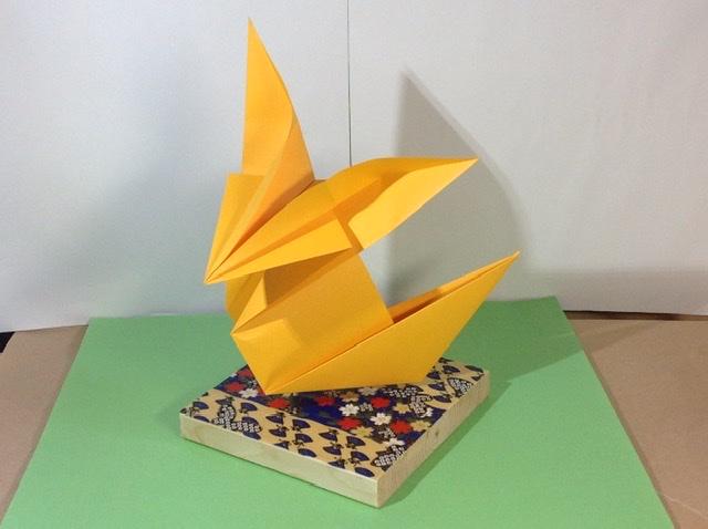 竹内ケイさんによるキツネの折り紙