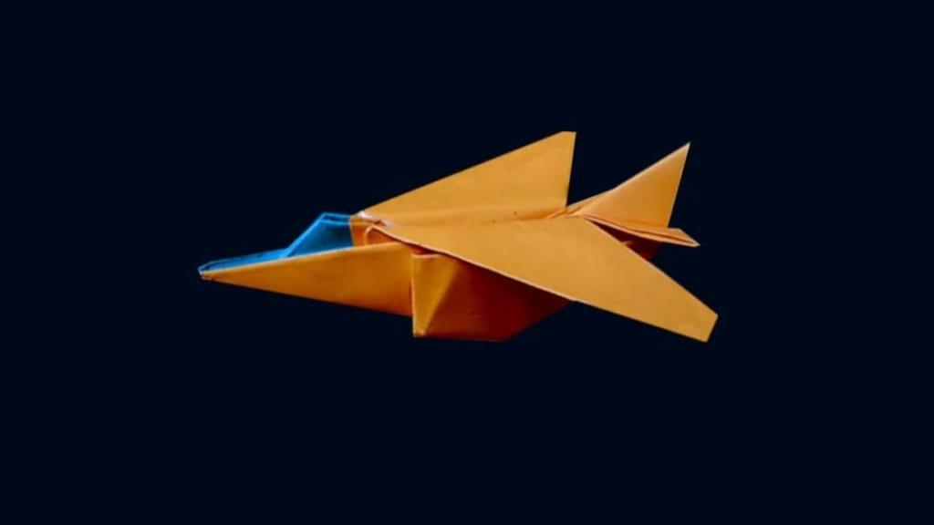 ハディさんによるジェット戦闘機の折り紙