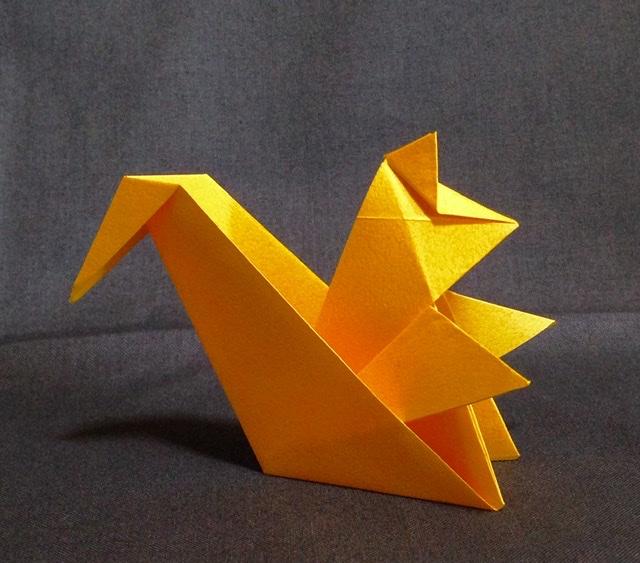 竹内ケイさんによるリスの折り紙