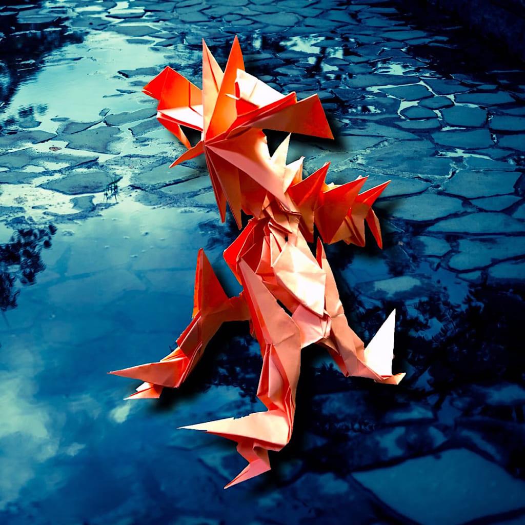 りょうすけ@組み立て折神工房Assembly Origami Workshopさんによる「幻影獣アキュラ」 22枚の折り紙