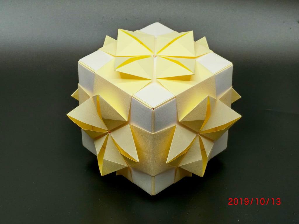 竹内ケイさんによるイヅノメの折り紙